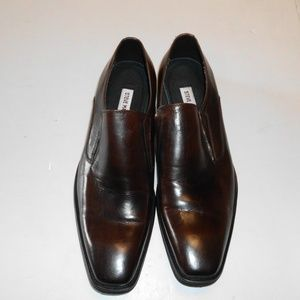 Steve Madden  leather dress shoe 10 M  Brown